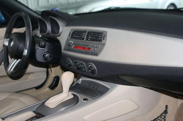 2003 BMW Z4 2.5i Houston, Texas 10