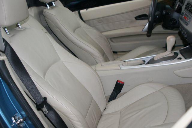 2003 BMW Z4 2.5i Houston, Texas 14