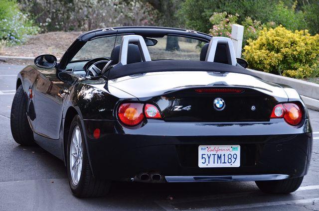 2003 BMW Z4 2.5i Reseda, CA 17