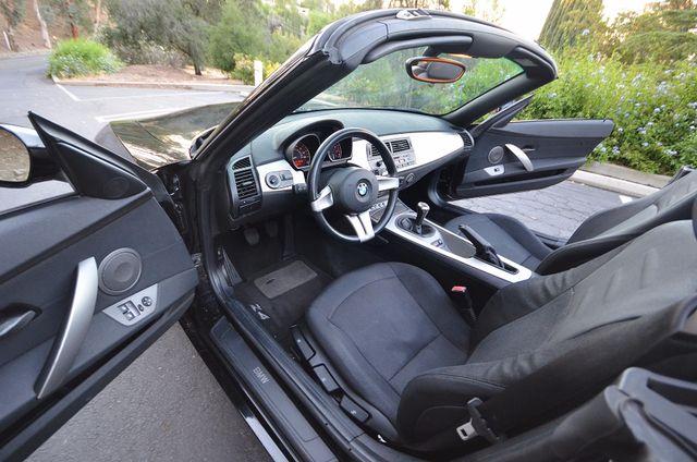 2003 BMW Z4 2.5i Reseda, CA 22