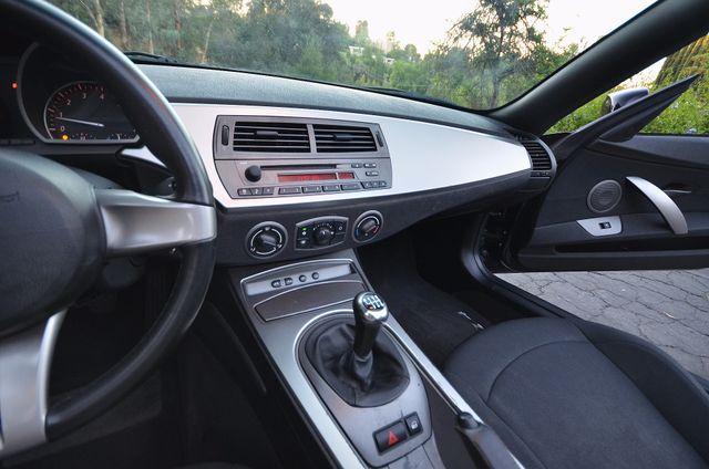 2003 BMW Z4 2.5i Reseda, CA 8
