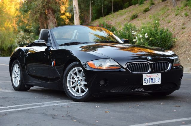 2003 BMW Z4 2.5i Reseda, CA 11