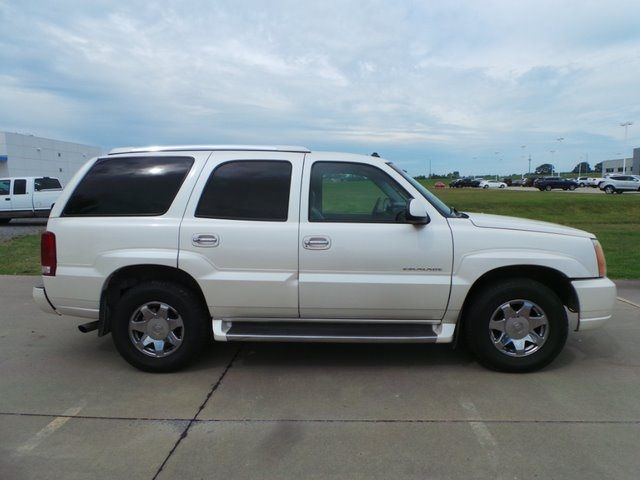 2003 Cadillac Escalade Base Cape Girardeau, Missouri 1