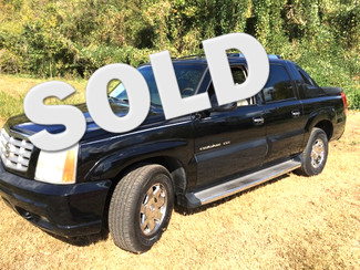 2003 Cadillac-2 Owner-4 Dr Caddy Escalade Truck!! Escalade-BUY HERE PAY HERE!  SHOWROOM CONDITION!! Knoxville, Tennessee