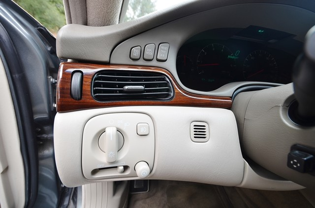 2003 Cadillac Seville Luxury SLS - AUTO - LTHR - ONLY 77K MILES Reseda, CA 12