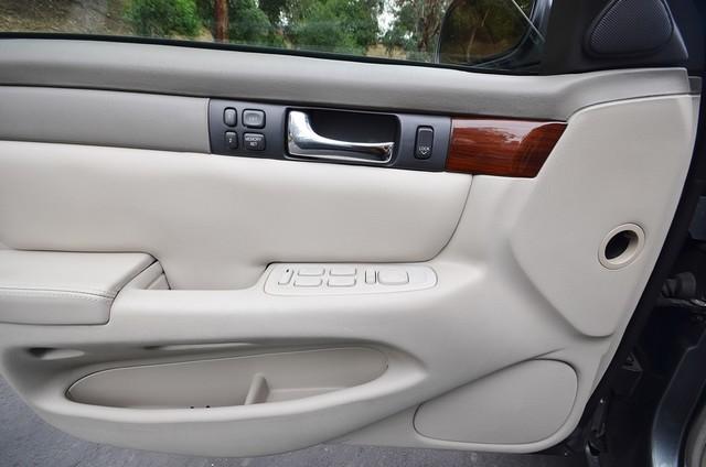 2003 Cadillac Seville Luxury SLS - AUTO - LTHR - ONLY 77K MILES Reseda, CA 33