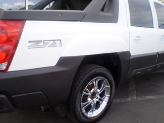 2003 Chevrolet Avalanche 1500 Englewood, Colorado 26