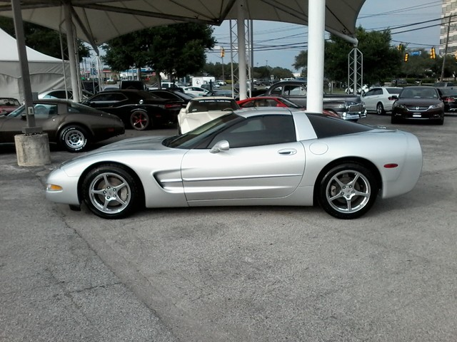 2003 Chevrolet Corvette 2 tops San Antonio, Texas 0