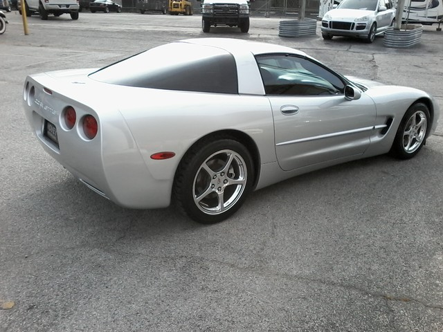 2003 Chevrolet Corvette 2 tops San Antonio, Texas 6