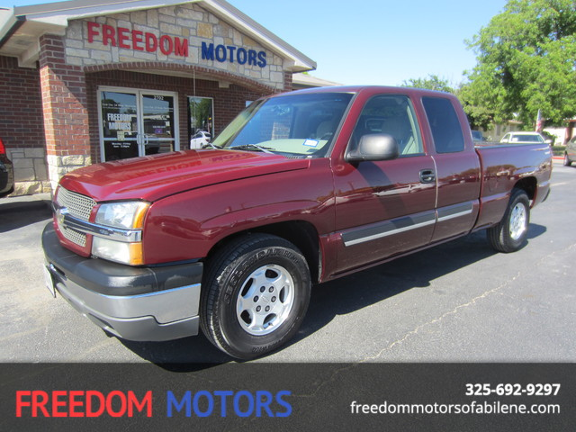 2003 Chevrolet Silverado 1500 LS | Abilene, Texas | Freedom Motors  in Abilene Texas