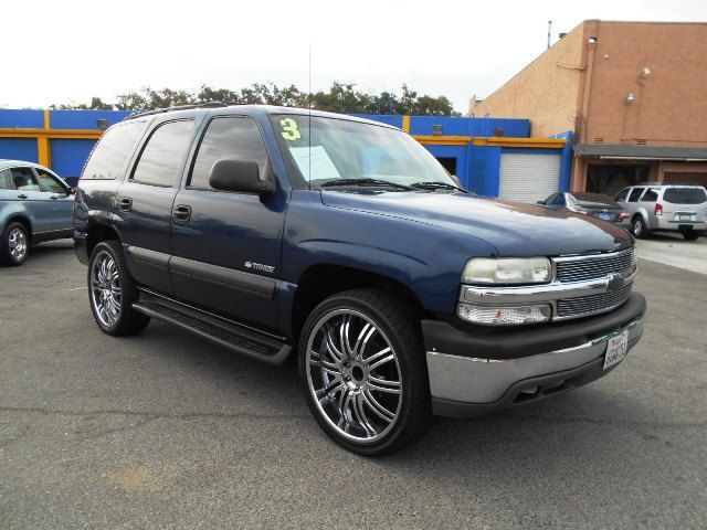 2003 Chevrolet Tahoe LS Limited warranty included to assure your worry-free purchase AutoCheck re