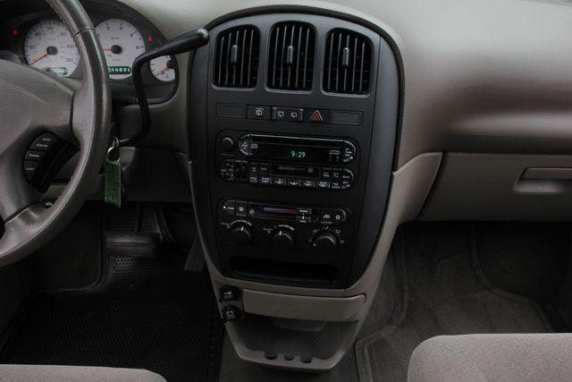2003 Dodge Grand Caravan SPORT TOURING - BRUNO HANDICAP/DISABILITY VAN Mooresville , NC 10