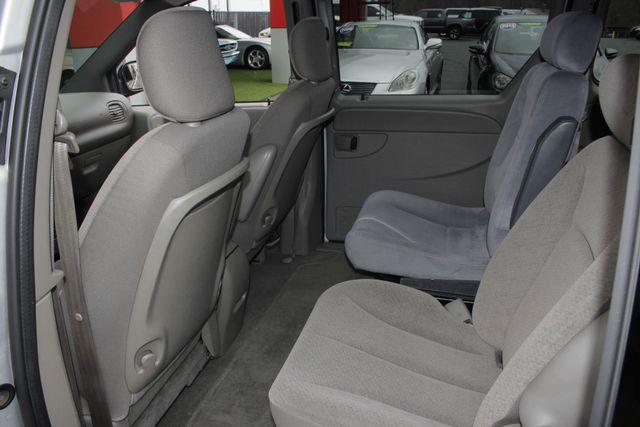 2003 Dodge Grand Caravan SPORT TOURING - BRUNO HANDICAP/DISABILITY VAN Mooresville , NC 41