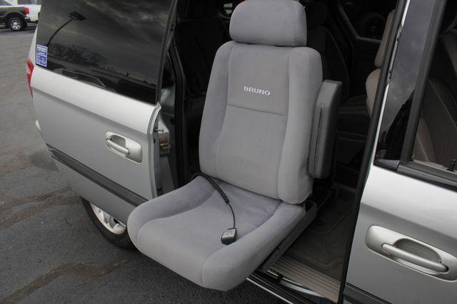 2003 Dodge Grand Caravan SPORT TOURING - BRUNO HANDICAP/DISABILITY VAN Mooresville , NC 28