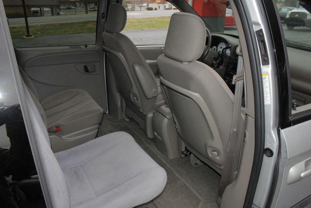 2003 Dodge Grand Caravan SPORT TOURING - BRUNO HANDICAP/DISABILITY VAN Mooresville , NC 42