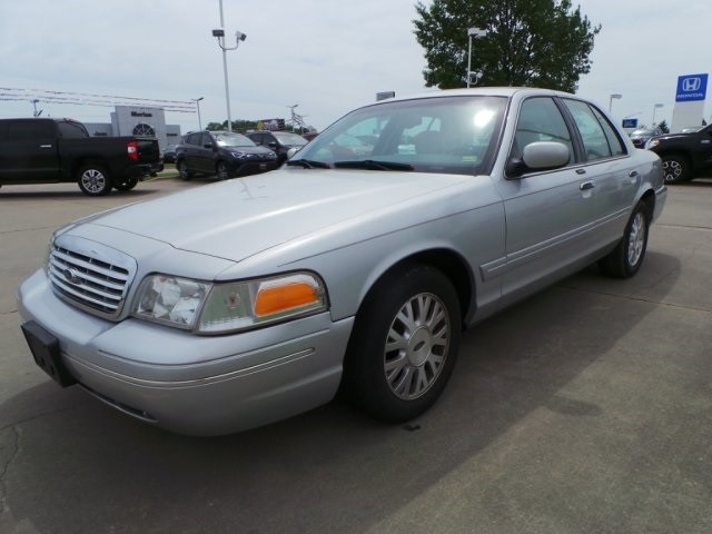 2003 Ford Crown Victoria LX Cape Girardeau, Missouri 6