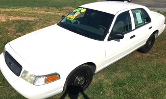 2003 Ford-2 Owner Car!! Buy Here Pay Here!! Crown Victoria-CARMARTSOUTH.COM Base-BUY HERE PAY HERE!! Knoxville, Tennessee 2