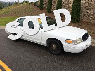 2003 Ford Crown Victoria Base Knoxville, Tennessee