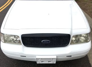 2003 Ford Crown Victoria Base Knoxville, Tennessee 1
