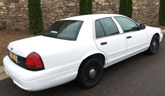 2003 Ford Crown Victoria Base Knoxville, Tennessee 4