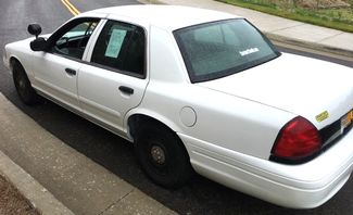 2003 Ford Crown Victoria Base Knoxville, Tennessee 6