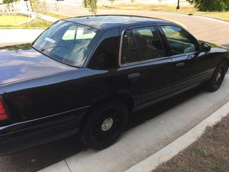 2003 Ford-Former Black Police Cruiser!!!! Crown Victoria-CARMARTSOUTH.COM Base-3 OWNER!! SHARP!! Knoxville, Tennessee 36