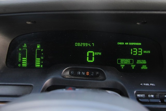 2003 Ford Crown Victoria LX Santa Clarita, CA 17