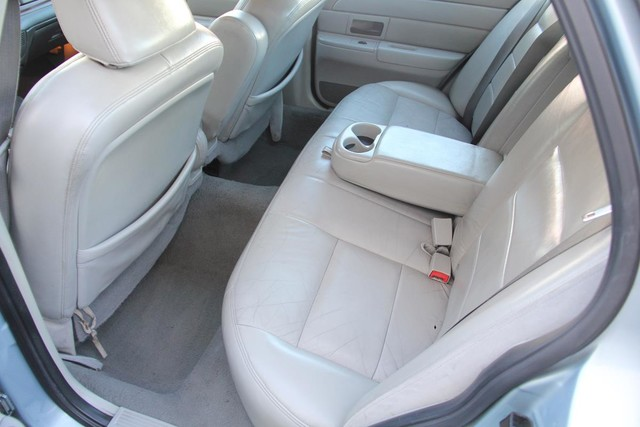 2003 Ford Crown Victoria LX Santa Clarita, CA 15
