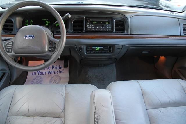 2003 Ford Crown Victoria LX Santa Clarita, CA 7