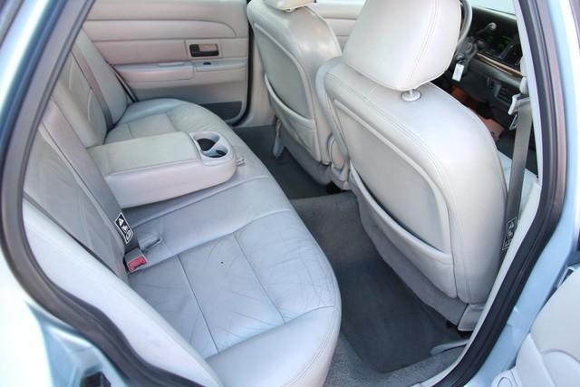2003 Ford Crown Victoria LX Santa Clarita, CA 16