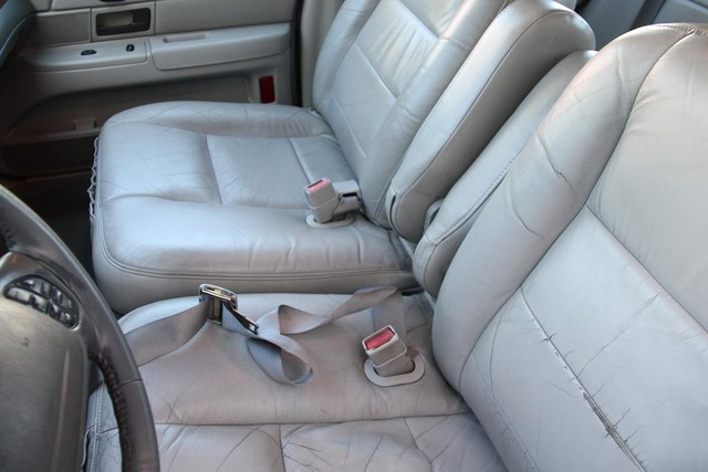 2003 Ford Crown Victoria LX Santa Clarita, CA 22