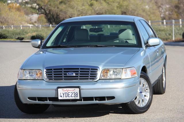 2003 Ford Crown Victoria LX Santa Clarita, CA 4