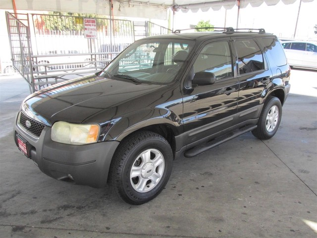 2003 Ford Escape XLT Popular Please call or e-mail to check availability All of our vehicles ar