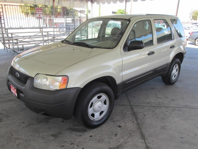 2003 Ford Escape XLS Popular Please call or e-mail to check availability All of our vehicles ar