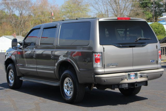 2003 Ford Excursion Limited 4X4 - SINISTER DIESEL - BRAND NEW TIRES Mooresville , NC 26