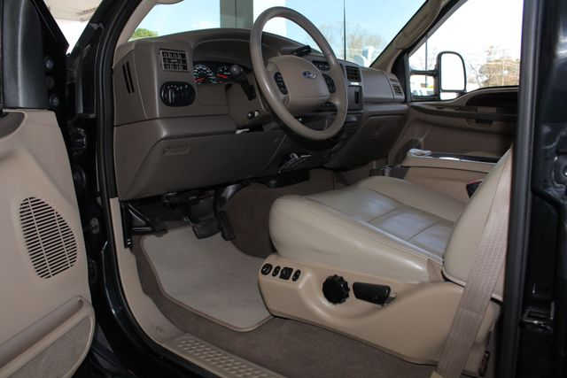 2003 Ford Excursion Limited 4X4 - HEATED LEATHER - V10! Mooresville , NC 26