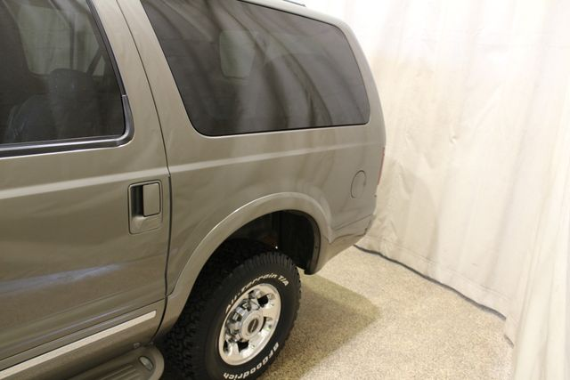 2003 Ford Excursion Limited Roscoe, Illinois 10