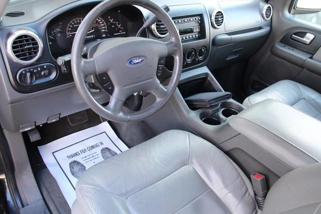 2003 Ford Expedition XLT Premium Santa Clarita, CA 10