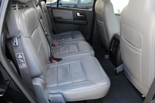 2003 Ford Expedition XLT Premium Santa Clarita, CA 16