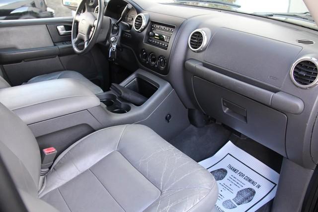 2003 Ford Expedition XLT Premium Santa Clarita, CA 11