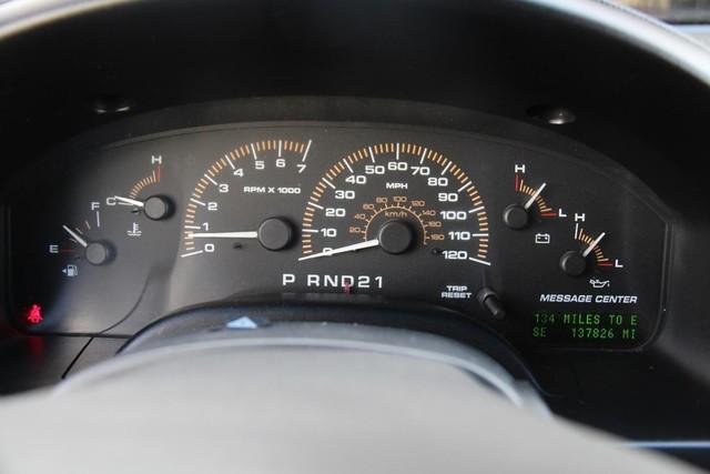 2003 Ford Expedition XLT Premium Santa Clarita, CA 18