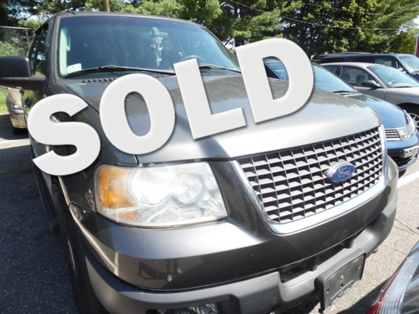 2003 ford expedition xlt value city ct apple auto wholesales for Motor oil for 2003 ford expedition