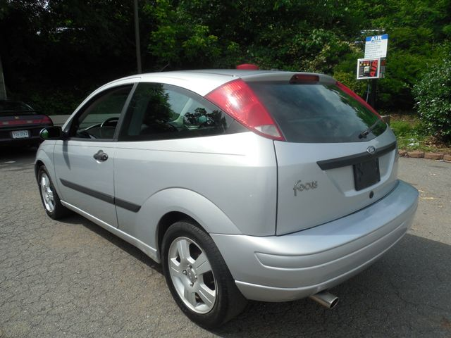 2003 Ford Focus ZX3 Leesburg, Virginia 2