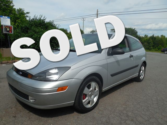 2003 Ford Focus ZX3 Leesburg, Virginia 0