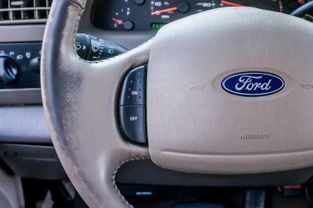 2003 Ford Super Duty F-350 DRW Lariat Reseda, CA 18