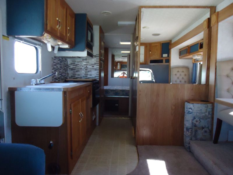 2003 Gulf Stream B Touring Cruiser 5270  in Sherwood, Ohio