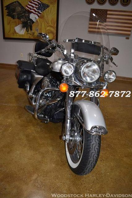 2003 Harley-Davidson ROAD KING FLHR ROAD KING FLHR McHenry, Illinois 3