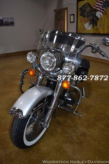 2003 Harley-Davidson ROAD KING FLHR ROAD KING FLHR McHenry, Illinois 4