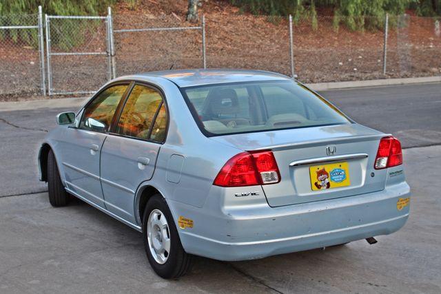 2003 Honda CIVIC HYBRID SEDAN 1-OWNER SERVICE RECORDS MANUAL Woodland Hills, CA 3