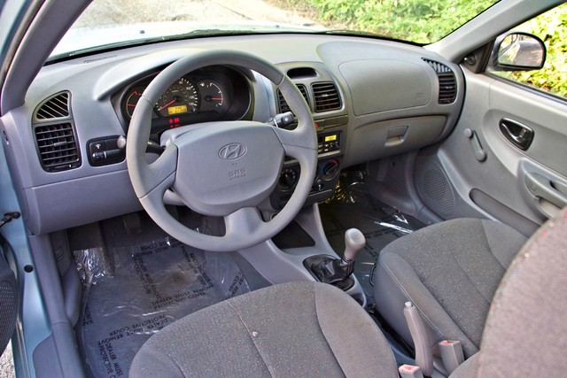 2003 Hyundai ACCENT HATCHBACK 67K ORIGINAL  MLS MANUAL SERVICE RECORDS Woodland Hills, CA 11
